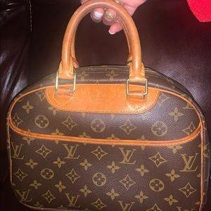 Authenticated Louis Vuitton Trouville, Great Cond!